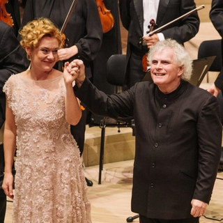 Magdalena, London Symphony Orchestra and Sir Simon Rattle (London and Hamburg, 1/2018)